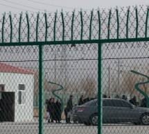 Atush Roads Fenced Off, Residents Confined to Homes, as Xinjiang Stares Down Virus Advance
