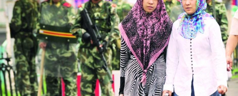 Doğu Türkistanlı kadınlar: Çin, toplama kampında verdiği ilaç ve iğnelerle bizi kısırlaştırdı